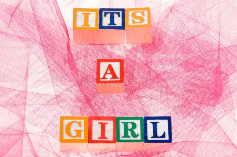 Συλλαβισμός φραγμών επιστολών «του ένα κορίτσι» στοκ φωτογραφία