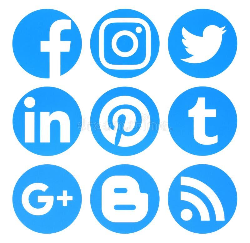 Συλλογή των δημοφιλών λογότυπων μέσων κύκλων μπλε κοινωνικών που τυπώνονται επάνω ελεύθερη απεικόνιση δικαιώματος