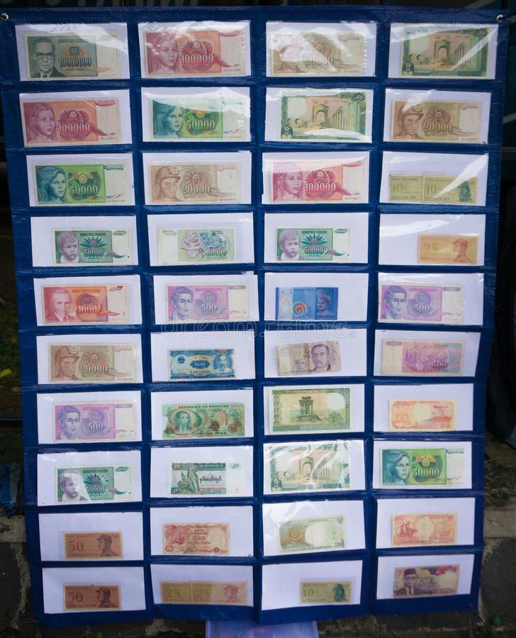 Συλλογή των χρημάτων εγγράφου της Ινδονησίας ` s που επιδεικνύεται σε μια φωτογραφία μουσείων που λαμβάνεται σε Bogor Ινδονησία στοκ φωτογραφίες με δικαίωμα ελεύθερης χρήσης