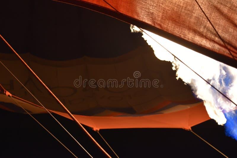 Σφαίρα, σύννεφα, skyball, νύχτα, πυρκαγιά στοκ φωτογραφία με δικαίωμα ελεύθερης χρήσης
