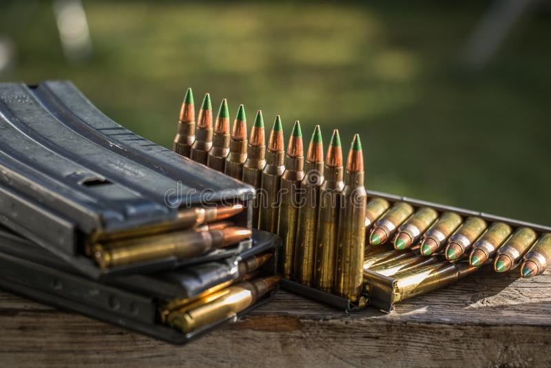 σφαίρες & περιοδικά στοκ φωτογραφία με δικαίωμα ελεύθερης χρήσης