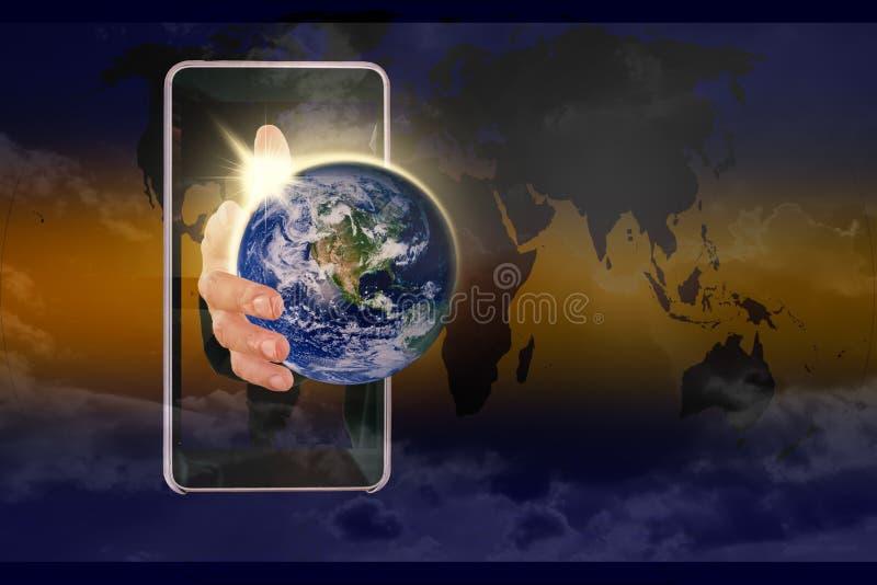 Σφαιρικός κόσμος στο χέρι μου Elements αυτής της εικόνας που εφοδιάζεται από NAS στοκ εικόνες