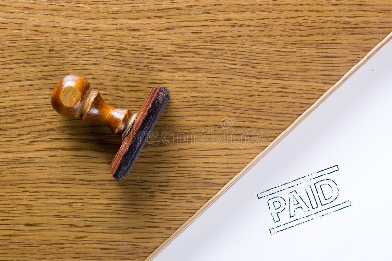 Σφραγίδα γραμματοσήμων που πληρώνεται στοκ φωτογραφίες