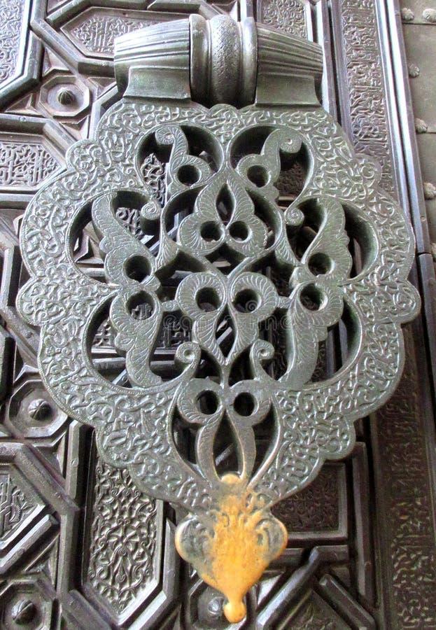 Σφυρί πορτών, που διακοσμείται υπέροχα στοκ φωτογραφία