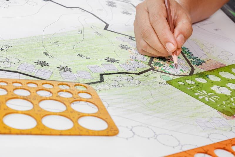 Σχέδιο κήπων σχεδίου αρχιτεκτονικής τοπίων για το συγκρότημα κατοικιών στοκ εικόνες