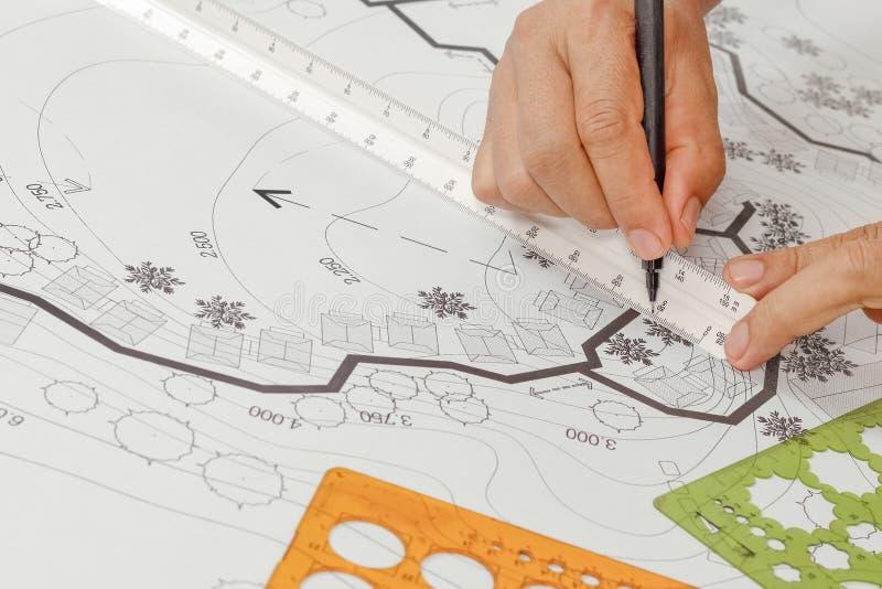 Σχέδιο κήπων σχεδίου αρχιτεκτονικής τοπίων για το συγκρότημα κατοικιών στοκ φωτογραφίες
