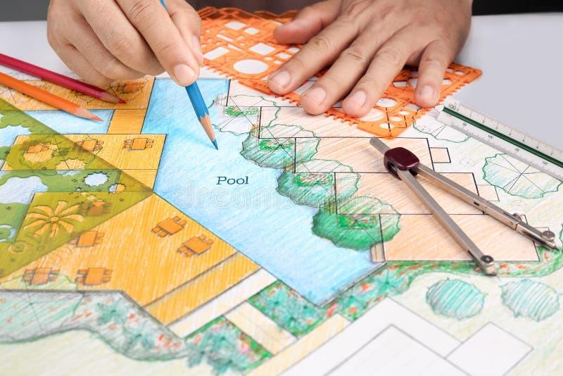 Σχέδιο θερέτρου ξενοδοχείων σχεδίου αρχιτεκτόνων τοπίου στοκ εικόνα με δικαίωμα ελεύθερης χρήσης