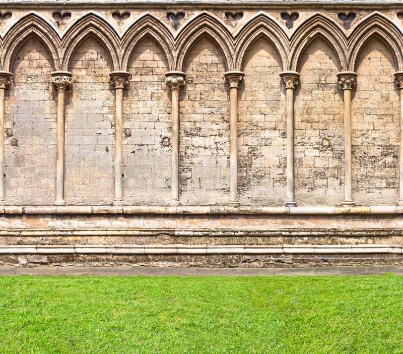 Σχηματισμένος αψίδα τοίχος στοκ φωτογραφίες