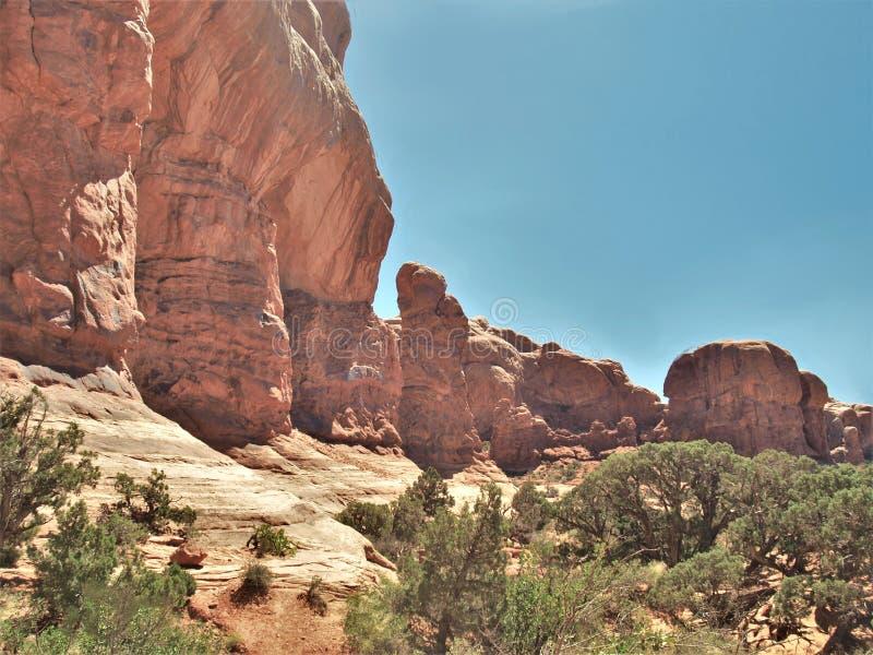Σχηματισμοί βράχου στο εθνικό πάρκο αψίδων στη Γιούτα στοκ φωτογραφία