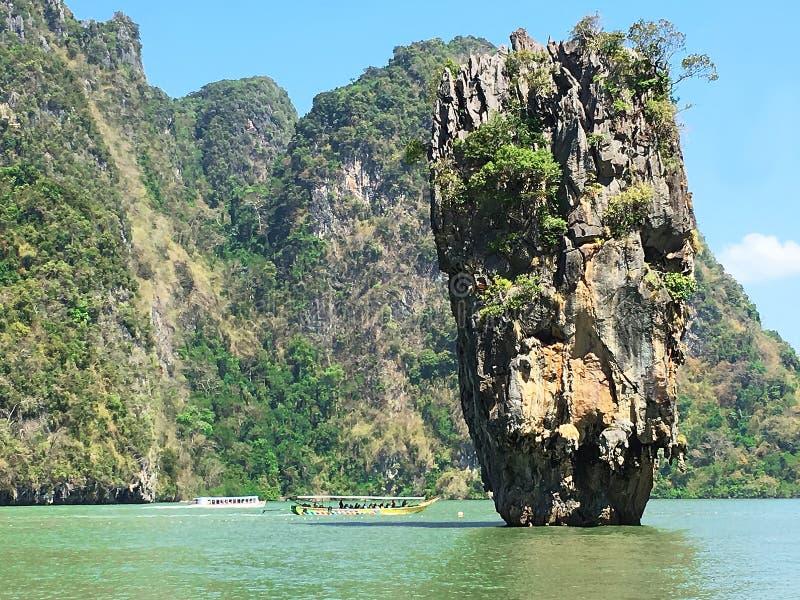 Σχηματισμός βράχου νησιών του James Bond, Ταϊλάνδη στοκ εικόνες με δικαίωμα ελεύθερης χρήσης