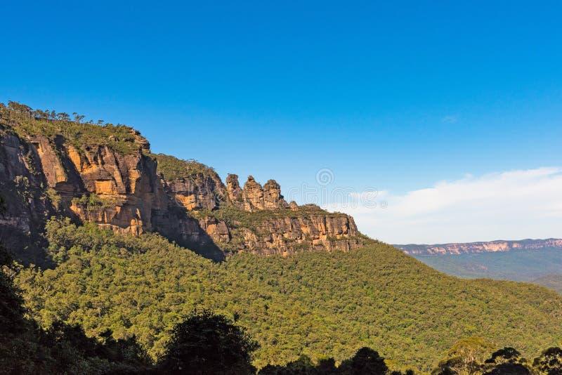 Σχηματισμός βράχου τριών αδελφών στο μπλε εθνικό πάρκο βουνών, Αυστραλία στοκ εικόνα με δικαίωμα ελεύθερης χρήσης