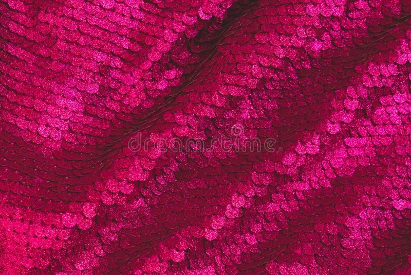 Σχολιάστε το υπόβαθρο φιαγμένο από two-sided τσέκια background colors holiday red yellow r Φούξια υπόβαθρο στοκ εικόνες με δικαίωμα ελεύθερης χρήσης