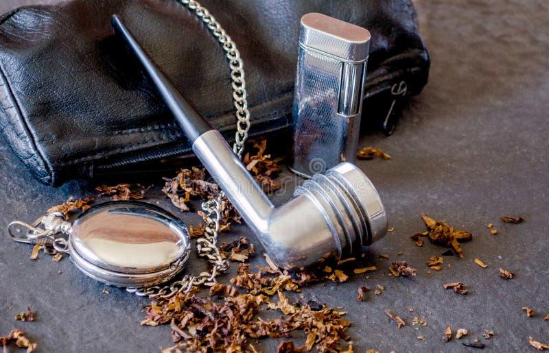 Σωλήνας Aristocob με τη σακούλα και τα εξαρτήματα δέρματος στοκ εικόνα με δικαίωμα ελεύθερης χρήσης