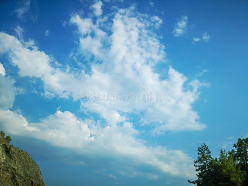Σωρείτης σύννεφων από το ύψος της πτήσης αεροπλάνων, ο καιρός ατμόσφαιρας στοκ φωτογραφία με δικαίωμα ελεύθερης χρήσης
