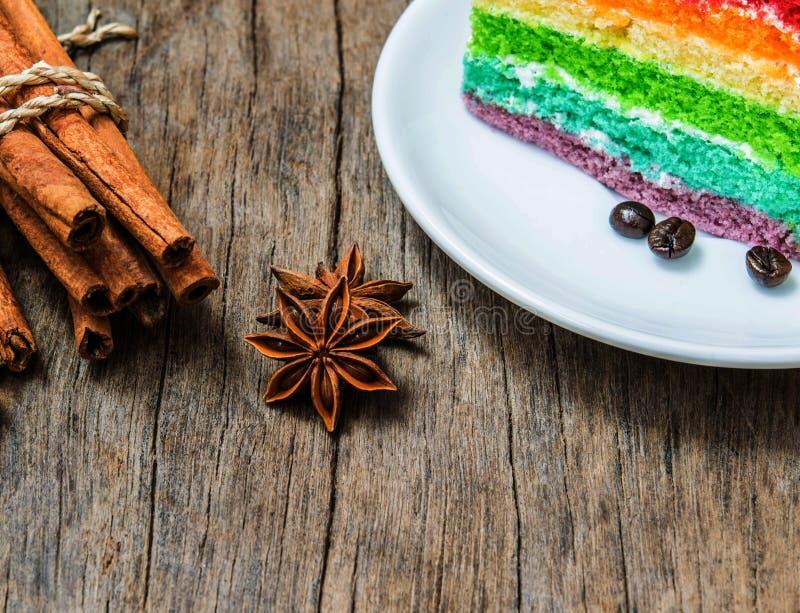 Σωρός αστεριών γλυκάνισου στο ξύλινο υπόβαθρο στοκ φωτογραφία με δικαίωμα ελεύθερης χρήσης
