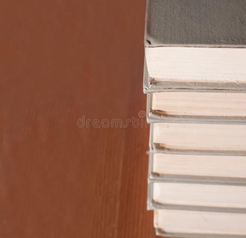 Download σωρός βιβλίων στοκ εικόνες. εικόνα από βιβλίων, μάθετε - 22781330