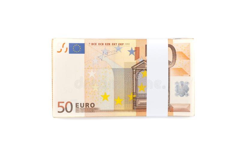 Σωρός πενήντα ευρο- λογαριασμών που απομονώνονται στο άσπρο υπόβαθρο για finan στοκ φωτογραφίες
