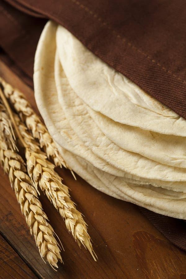 Σωρός σπιτικά Tortillas αλευριού στοκ φωτογραφίες