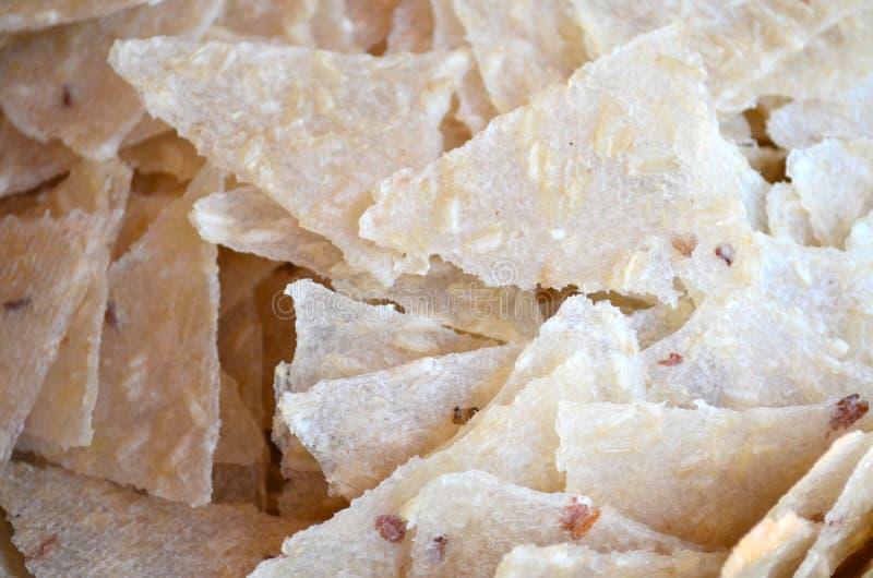 Σωρός της ξηράς ακατέργαστης κρούστας ρυζιού στοκ εικόνες