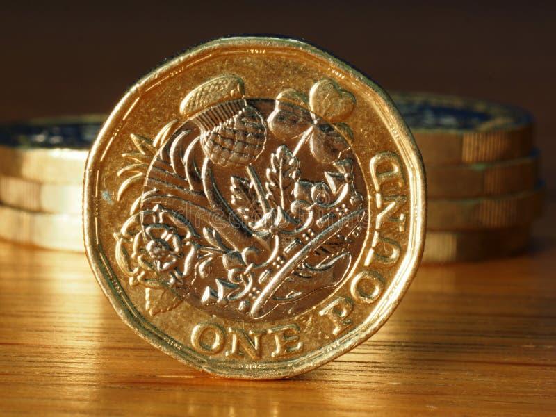 Σωρός των βρετανικών νομισμάτων λιβρών στοκ φωτογραφία με δικαίωμα ελεύθερης χρήσης