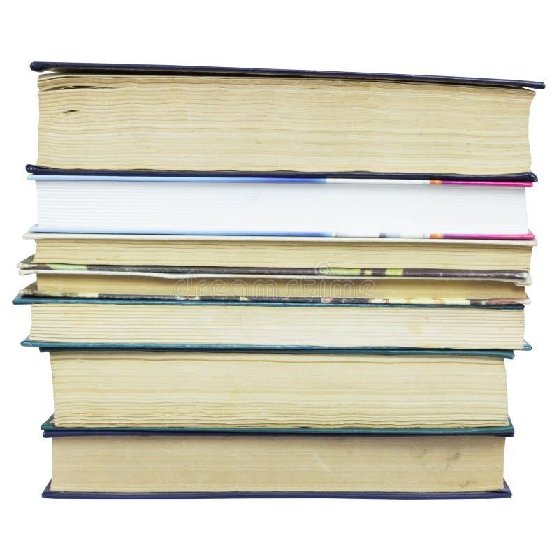 Σωρός των διαφορετικών παλαιών βιβλίων χωρίς τις ετικέτες στοκ φωτογραφία