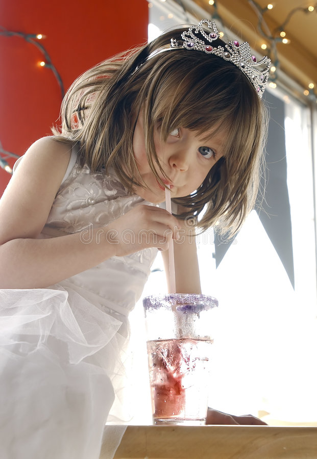 σόδα κοριτσιών στοκ φωτογραφία με δικαίωμα ελεύθερης χρήσης