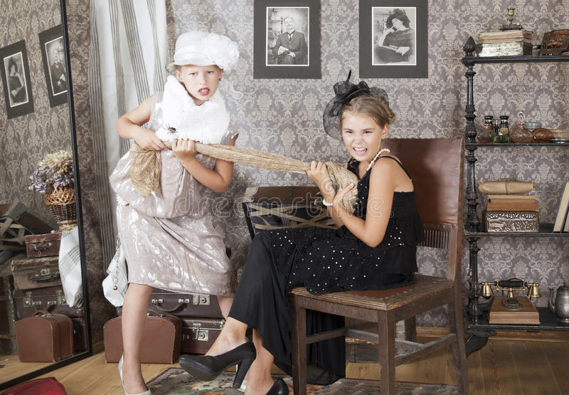Σύγκρουση για ένα φόρεμα στοκ φωτογραφία