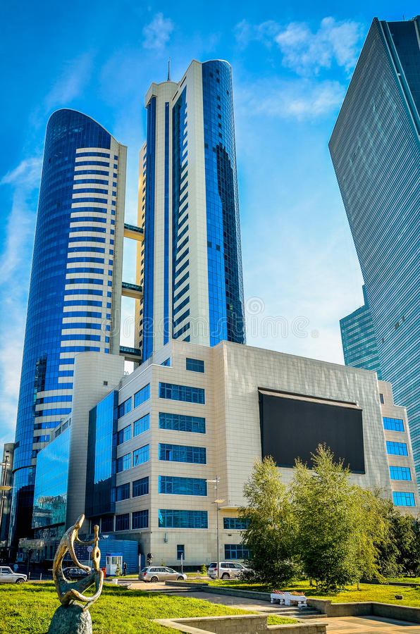 Σύγχρονα κτήρια σε Astana στοκ εικόνες με δικαίωμα ελεύθερης χρήσης