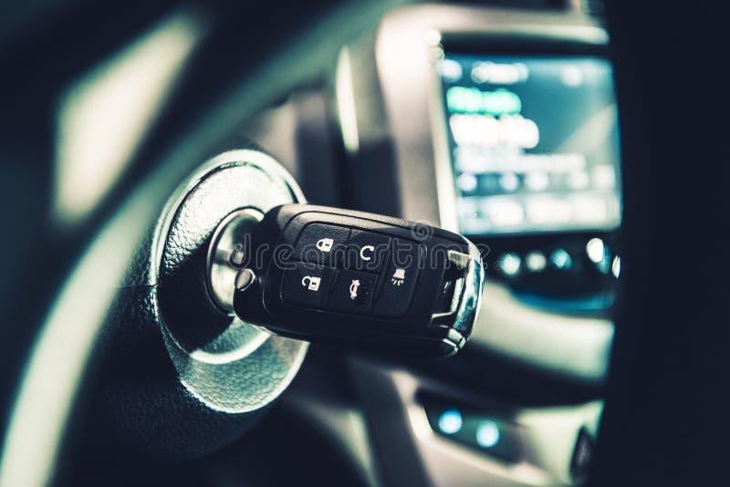 Σύγχρονα κλειδιά ανάφλεξης αυτοκινήτων στοκ φωτογραφίες με δικαίωμα ελεύθερης χρήσης