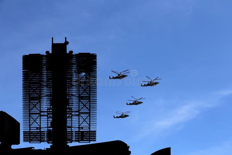 Σύγχρονα ρωσικά ραντάρ και στρατιωτικά αεροπλάνα στοκ εικόνες με δικαίωμα ελεύθερης χρήσης