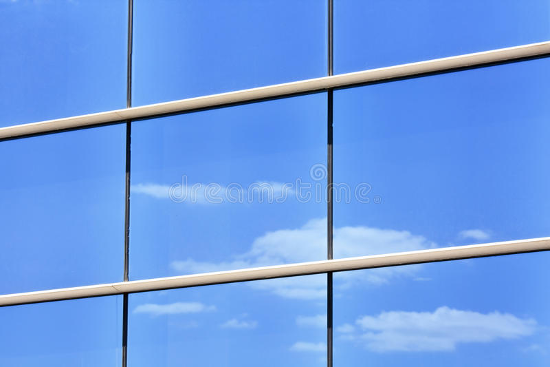 Download σύγχρονα Windows στοκ εικόνες. εικόνα από αρχιτεκτονικής - 13186894
