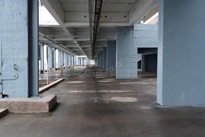 Σύγχρονη αστική άποψη με το υπόβαθρο κτηρίων στοκ εικόνες με δικαίωμα ελεύθερης χρήσης