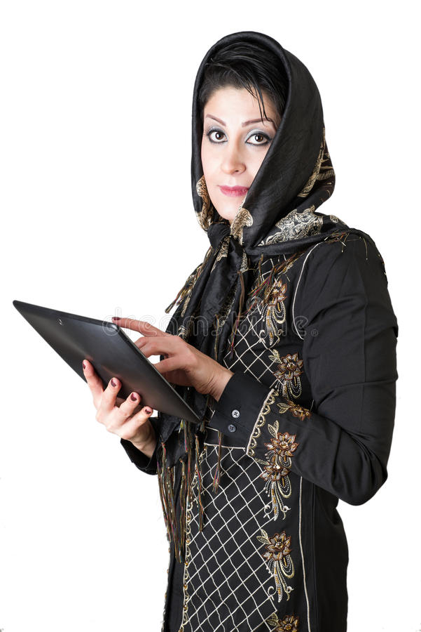 Σύγχρονη ελκυστική αραβική γυναίκα με το PC ταμπλετών στοκ εικόνες