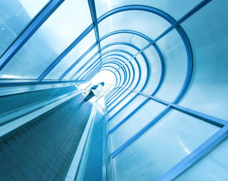 Σύγχρονη κυλιόμενη σκάλα στοκ φωτογραφία