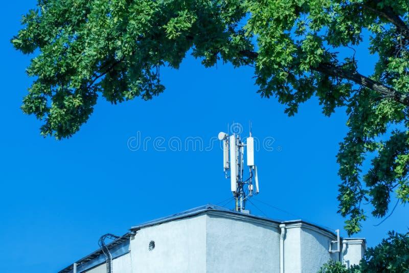 Σύγχρονη κυψελοειδής κεραία στοκ φωτογραφίες με δικαίωμα ελεύθερης χρήσης