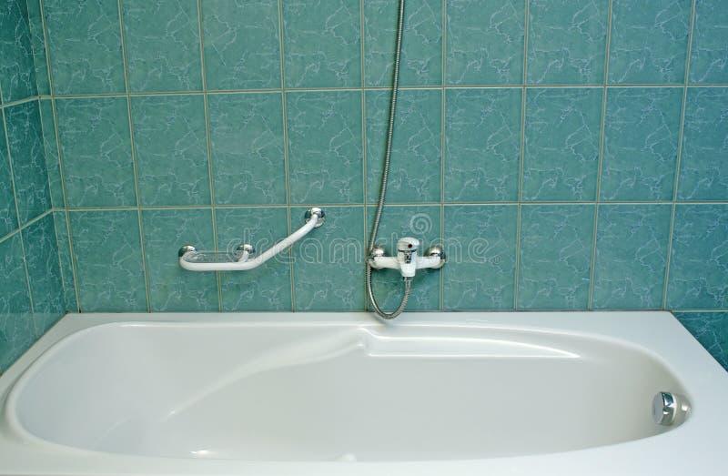 Σύγχρονη μπανιέρα στοκ εικόνες με δικαίωμα ελεύθερης χρήσης