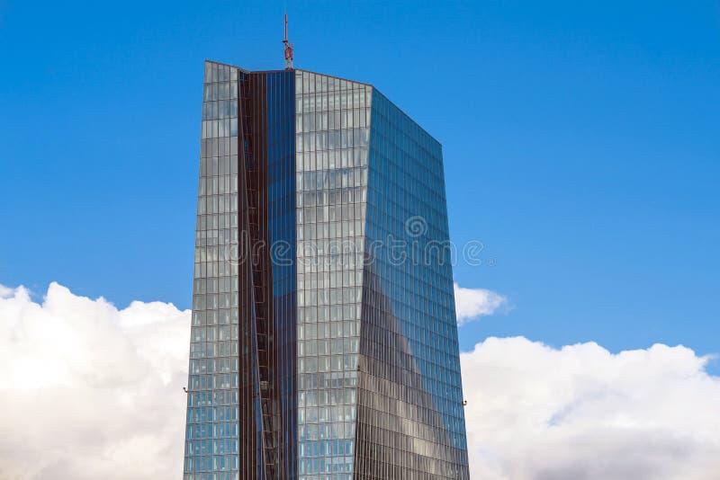 Σύγχρονη οικοδόμηση έδρας της ΕΚΤ Ευρωπαϊκής Κεντρικής Τράπεζας στοκ φωτογραφίες με δικαίωμα ελεύθερης χρήσης
