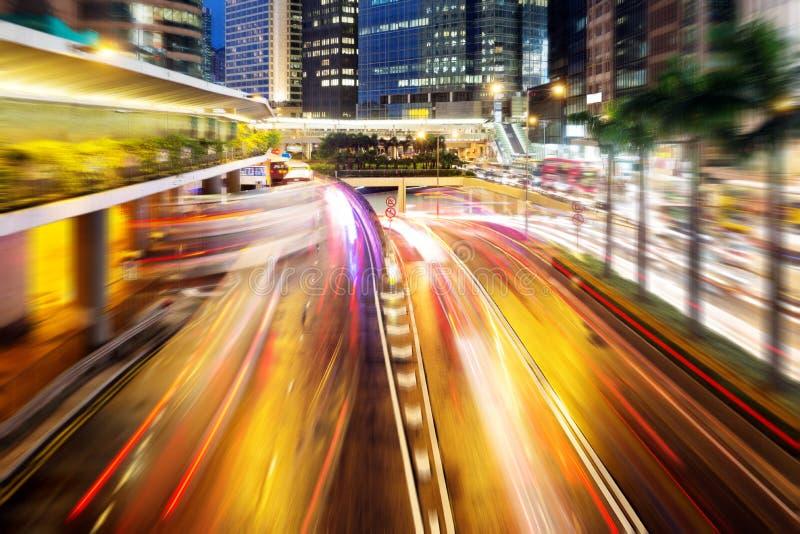 Σύγχρονη πόλη τη νύχτα στοκ φωτογραφία
