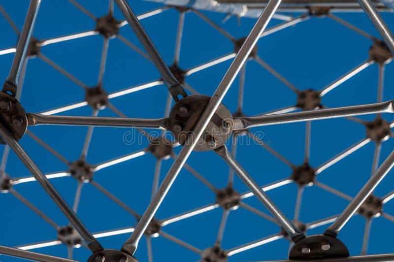 Σύγχρονη τέχνη, hexagon σφαίρα, κατασκευή χάλυβα στοκ εικόνα