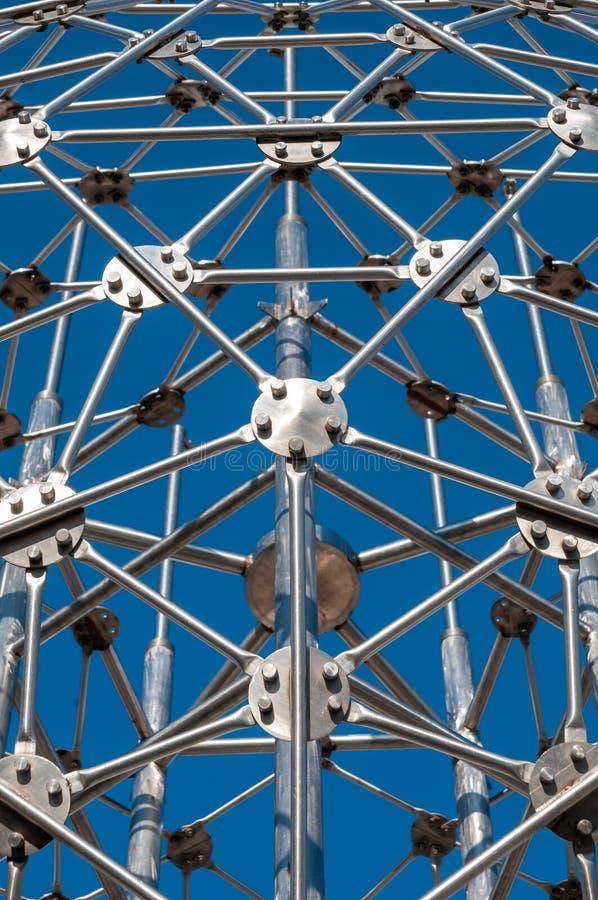 Σύγχρονη τέχνη, hexagon σφαίρα, κατασκευή χάλυβα στοκ φωτογραφίες