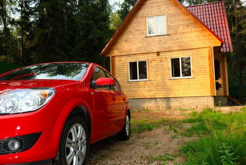 σύγχρονος κόκκινος ξύλιν& στοκ εικόνα