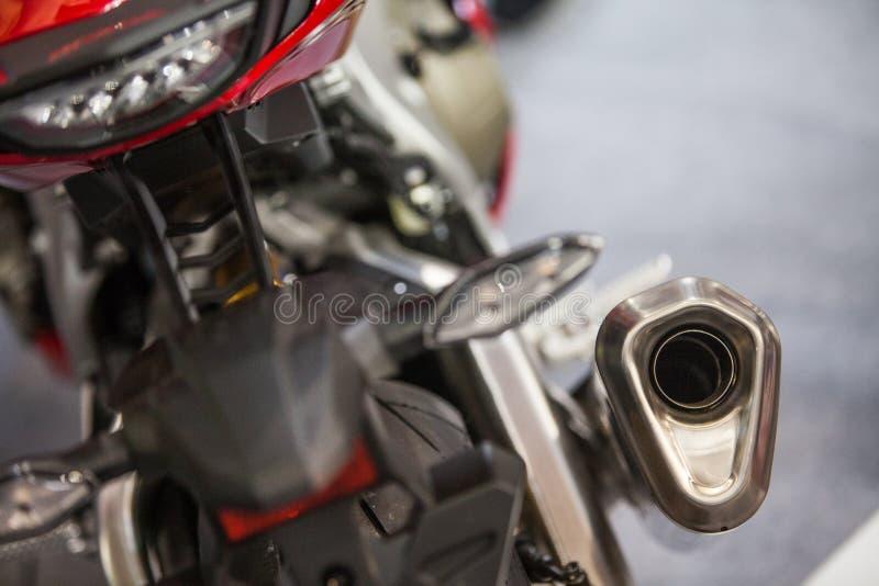 Σύγχρονος σωλήνας εξάτμισης μοτοσικλετών στοκ φωτογραφία