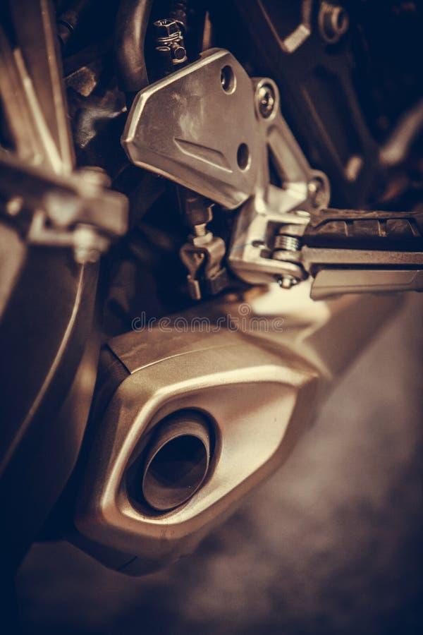 Σύγχρονος σωλήνας εξάτμισης μοτοσικλετών στοκ φωτογραφίες
