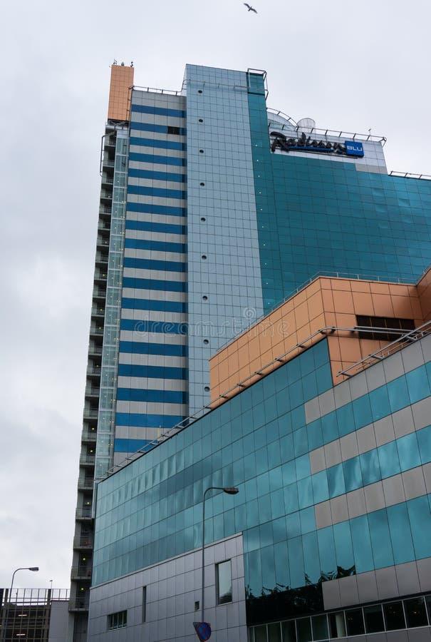 Σύγχρονο επιχειρησιακό κτήριο στο Ταλίν ουρανοξύστης στην πόλη στοκ φωτογραφία με δικαίωμα ελεύθερης χρήσης
