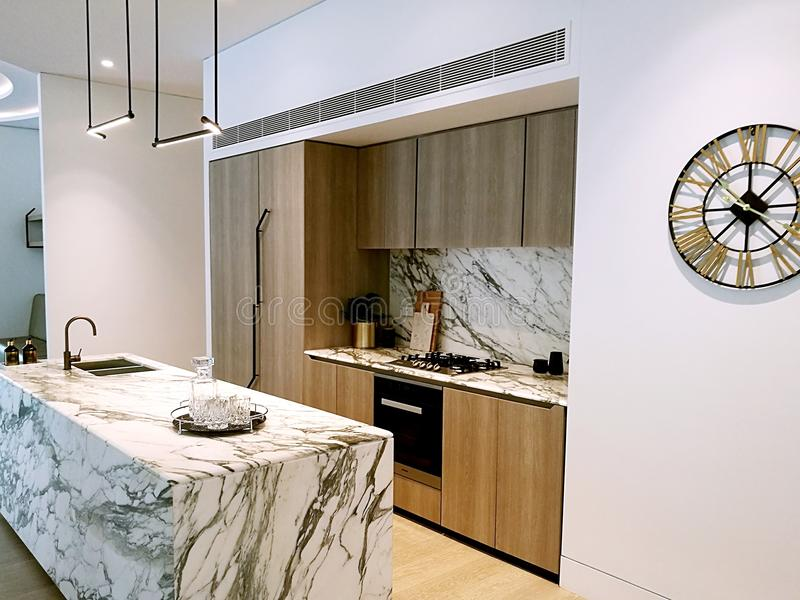 Σύγχρονο εσωτερικό σχέδιο - κουζίνα στοκ εικόνες με δικαίωμα ελεύθερης χρήσης