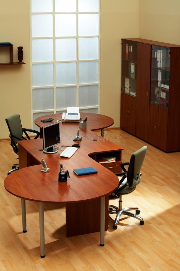 Σύγχρονο και ελαφρύ γραφείο στοκ φωτογραφίες