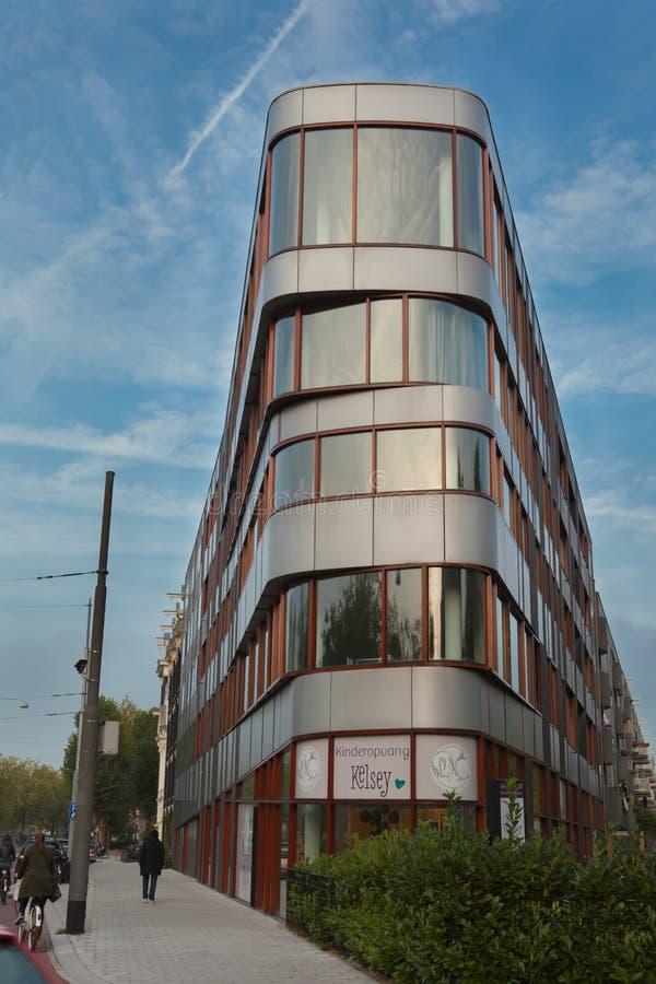 Σύγχρονο κτήριο στο Άμστερνταμ, Κάτω Χώρες στοκ φωτογραφίες με δικαίωμα ελεύθερης χρήσης
