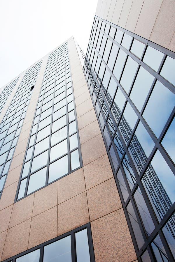 Σύγχρονο κτίριο γραφείων στο Άμστερνταμ στοκ εικόνες