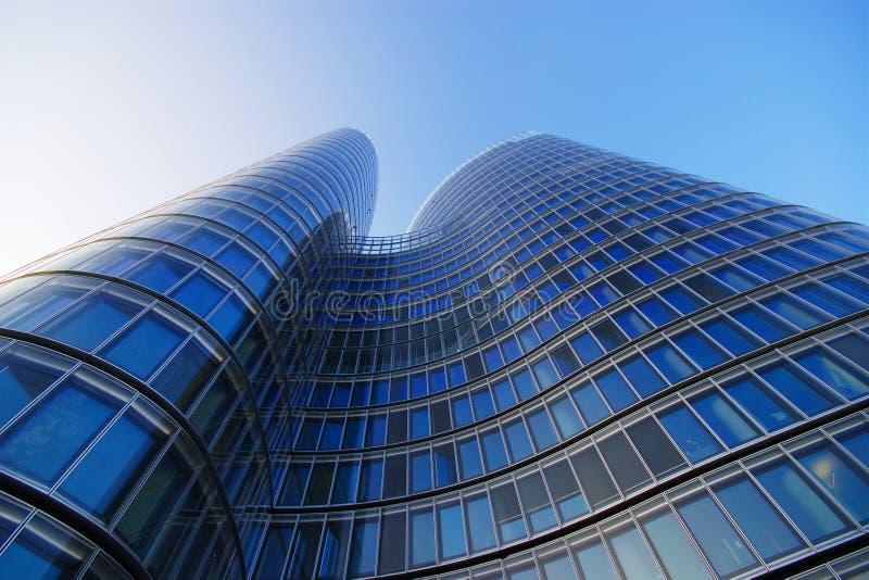 Σύγχρονο κτίριο γραφείων στοκ φωτογραφία