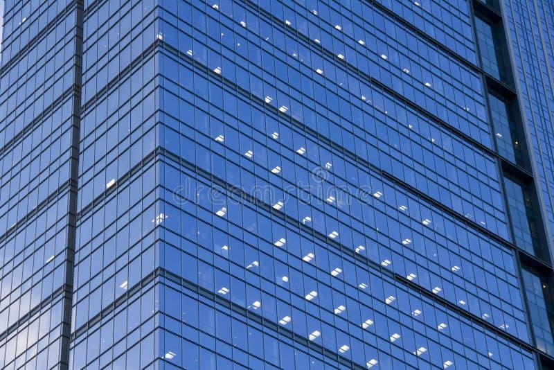 Σύγχρονο κτίριο γραφείων στοκ εικόνες